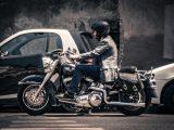 Motor versus auto: de voor- en nadelen op een rijtje!